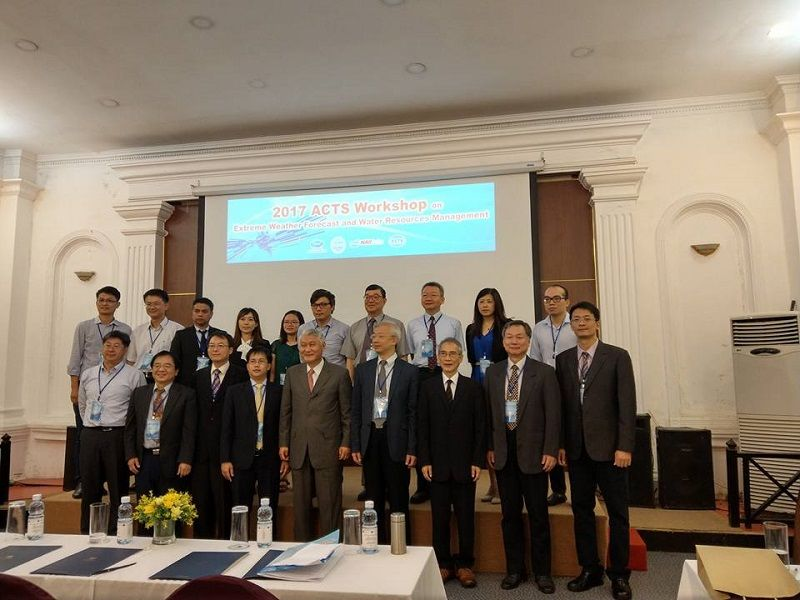 2017 APEC Research Center for Typhoon and Society Workshop held in Vietnam Photos - New Southbound Policy