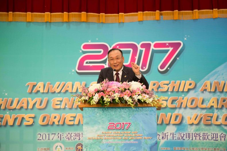 New Southbound Policy。MOFA Vice Minister Jose Maria Liu speaks at the Taiwan Scholarship and Huayu Enrichment Scholarship Program orientation Oct. 2 in Taipei City. (Courtesy of Shih Hsin University)