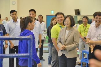 Tsai tours National Sports Training Center, reaffirms support for Taiwan's athletes
