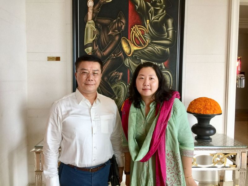 Ms. Lynn Wu, the Mandarin Chinese teacher at the Vel Tech Rangarajan Dr. Sagunthala R&D Institute of Science and Technology, called on Director-General Charles Li of TECC in Chennai on September 16th, 2018. Photos - New Southbound Policy