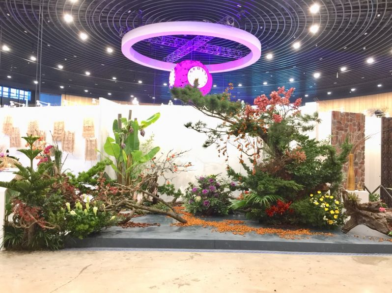 Traditional floral design blossoms in Taiwan Photos - New Southbound Policy