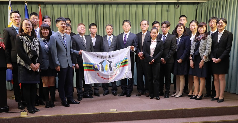 Taiwan youth envoys prepare for Southeast Asia tour Photos - New Southbound Policy