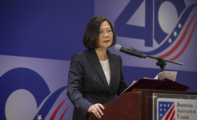 President Tsai attends TRA40, AIT40 reception Photos - New Southbound Policy