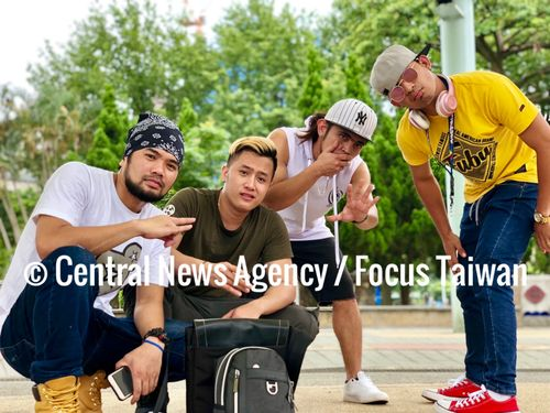 Filipino hip hop crew calls for dance battle with Taiwanese groups Photos - New Southbound Policy