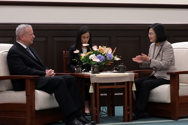 President Tsai meets delegation from Brookings Institution Photos - New Southbound Policy