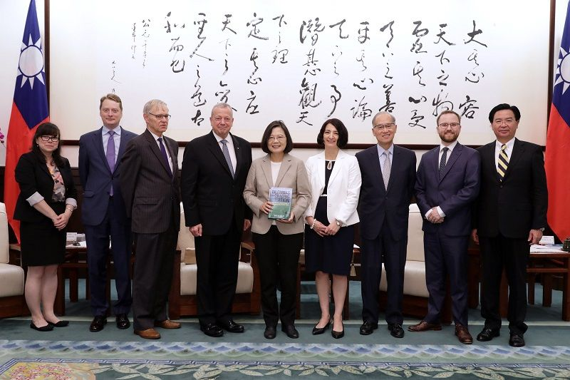 President Tsai vows to strengthen Taiwan-US ties Photos - New Southbound Policy