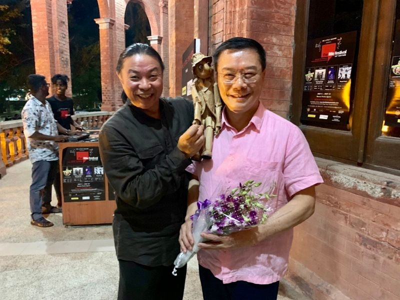 """The staff and families of the TECC in Chennai were invited to appreciate the puppet show of """"The Old Man with His Friends"""" performed by Taiwanese artist Mr. Shu-ming Ju Photos - New Southbound Policy"""