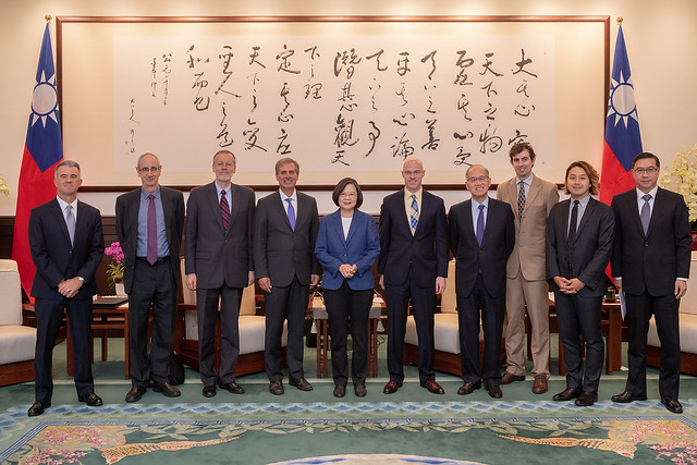 President Tsai meets US Deputy Assistant Secretary of State Scott Busby Photos - New Southbound Policy