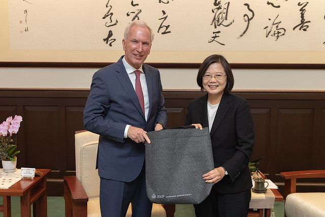 President Tsai meets delegation from Denmark's Export Kredit Fonden Photos - New Southbound Policy