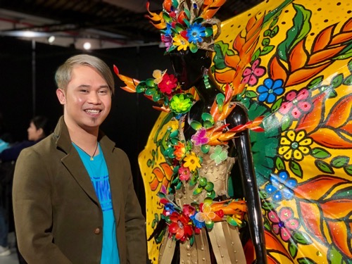 Photo exhibition highlights talent of migrant Filipino workers Photos - New Southbound Policy