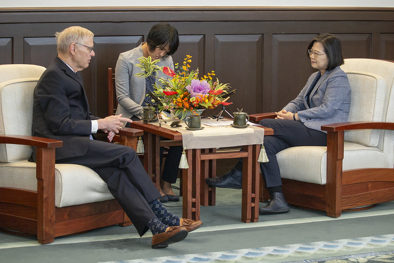 President Tsai meets Dr. Richard Bush, Brookings Institution Chen-Fu and Cecilia Yen Koo Chair in Taiwan Studies Photos - New Southbound Policy
