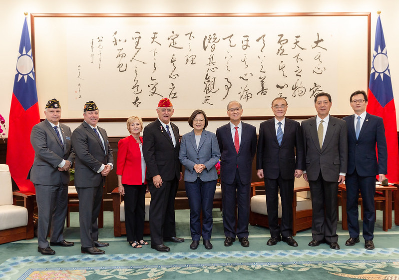 President Tsai meets American Legion National Commander James W. Oxford Photos - New Southbound Policy