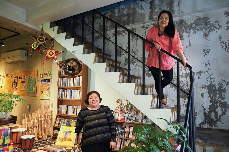 Home Cooking and Secondhand Books: The IBU Book Café Photos - New Southbound Policy