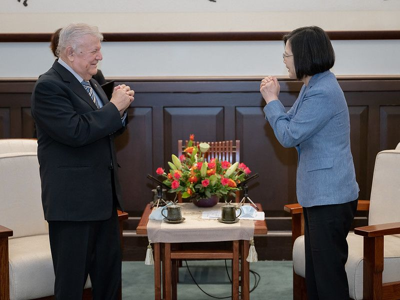 President Tsai thanks outgoing ambassador for strengthening Taiwan-Nicaragua ties[open another page]