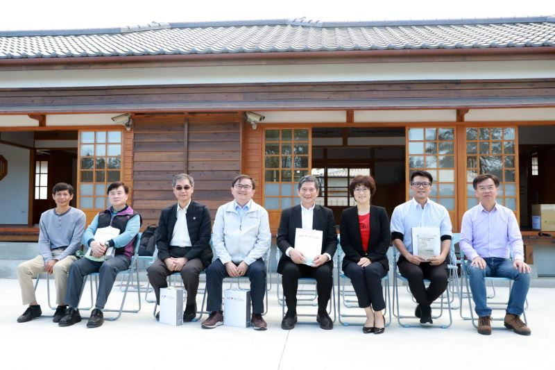 Culture Minister Lee remarks Taitung's artistic atmosphere and cultural diversity during visit Photos - New Southbound Policy