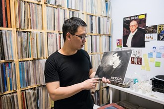 Ever since Wang Hsinkai chanced upon vinyl recordings, he has been captivated by their charms.