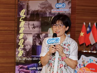 Director Karen Hsu of the Global Workers' Organization, which organized the event, says that providing migrant workers with an opportunity to tell their stories through video and show how Taiwan looks through their eyes also gives the people of Taiwan a chance to see them.