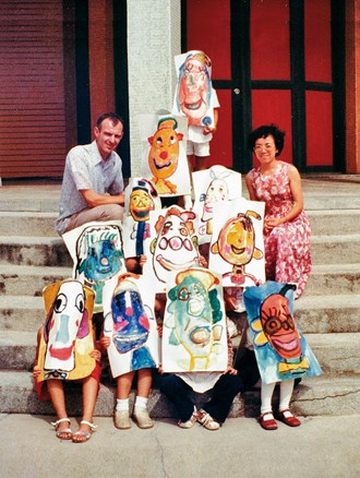 Fr. Hugo Peter taught painting to special needs students in Penghu. Their angelic smiles persuaded him to devote his life to serving disabled people. (courtesy of the Tobias Foundation)