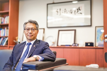 James C. Liao, who took over as president of the Academia Sinica in 2016, pays special attention to communicating with the outside world, and has led the institution to build more connections with the public.