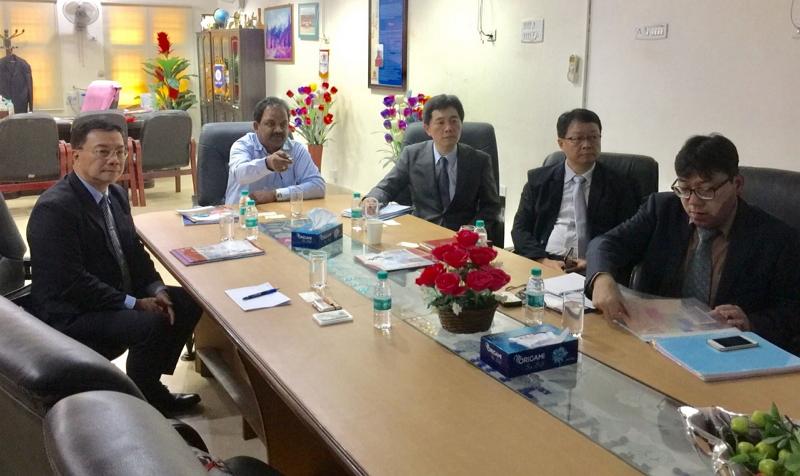 Director-General Charles Li of TECC in Chennai (Left),Professor N. Rajendran, Director, Centre for International Affairs, Anna University(center),Professor Shih-Ho Wang, Dean of International & Cross-Strait Academic Exchange(right three)
