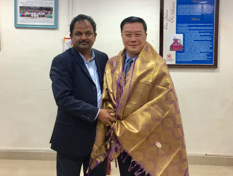 Director-General Charles Li of TECC in Chennai (Right),Professor N. Rajendran, Director, Centre for International Affairs, Anna University(Left)