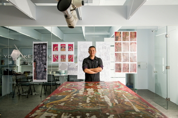 Leo Tsai has set very high standards for art restoration work in Taiwan. (photo by Chuang Kung-ju)
