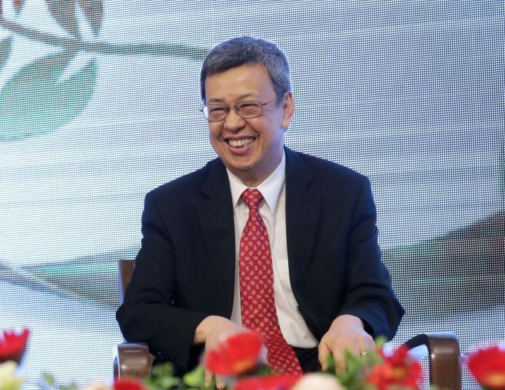Vice President Chen Chien-jen is all smiles at the healthy state of Taiwan's biomedical and pharma sectors. (Courtesy of Presidential Office)