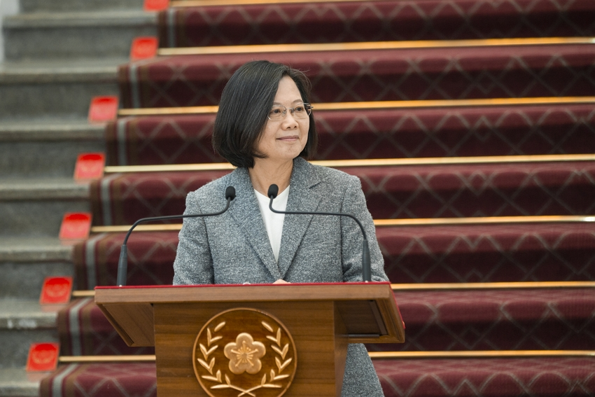 President Tsai Ing-wen fields on the Anti-Infiltration Act from members of the media at the Presidential Office Feb. 15 in Taipei City. (Courtesy of PO)