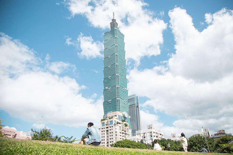 Taiwan's strong financial system, universal health care and disease-fighting expertise are the keys to its success in managing COVID-19, according to WEF. (MOFA)
